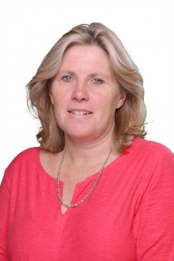 Mrs Julie Symons